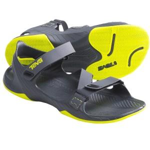 teva-barracuda-sport-sandals-minimalist-for-men-in-grey~p~6541r_01~1500.2
